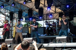 Streetlight Manifesto SunFest  05/04/2014 Photo By: Scott Nathanson