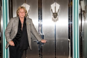 SKUM ROCKS Red Carpet Event EDDIE MONEY Colony Theater 03/05/2015 Photo By: Scott Nathanson